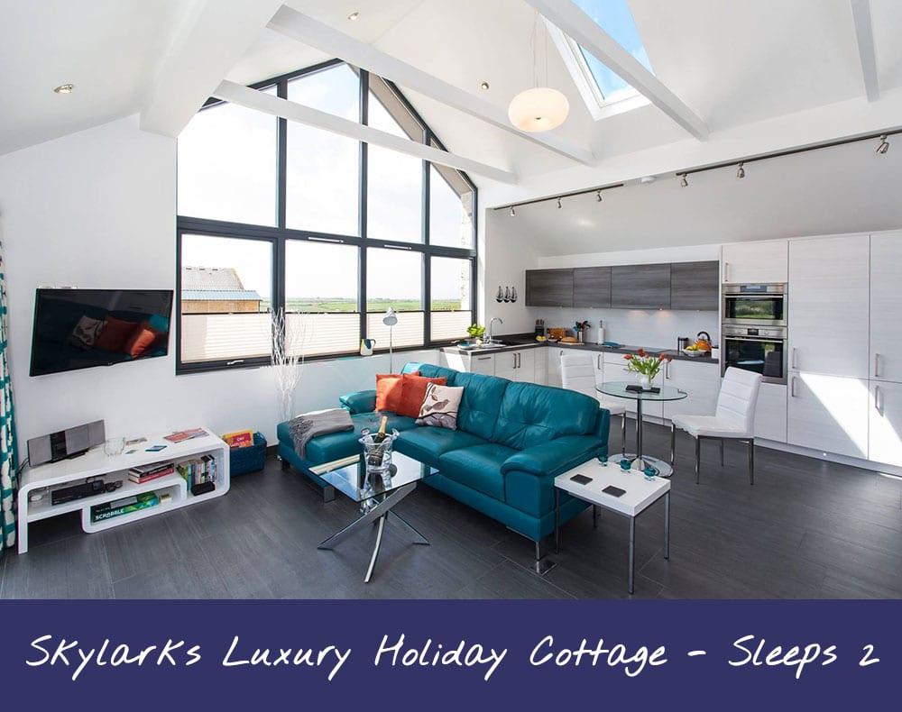 Skylarks Luxury Holiday Cottage - Sleeps 2